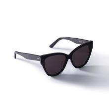 SCARLET Black Sunglass