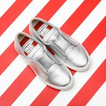 J.ESTINA RED×RACHEL COX_Cutting-Edge White Slip-on Silver