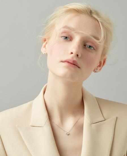[CONTE] Pear Petal Necklace (JJCENQ0BS906SW420)