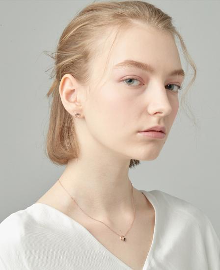 [CONTE] Modern Baguette Necklace (JJCENQ0BS948SR420)